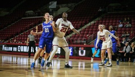 Timbilla helps UMass women's basketball past St. Bonaventure in her quest for 1,000 rebounds