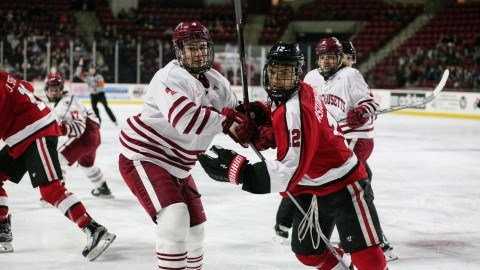 Three-goal second period sinks UMass hockey in defeat against Northeastern