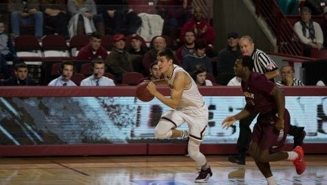 UMass men's basketball aims to snap losing streak against URI
