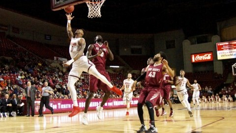 DeAndre Bembry, Saint Joseph's hold off late UMass men's basketball rally to secure 74-57 win