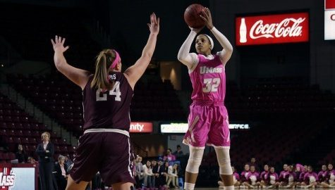 UMass women's basketball falls to La Salle, drops 11th straight game