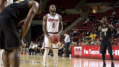 Jabarie Hinds' career-high 37 points powers UMass men's basketball to overtime win over Duquesne