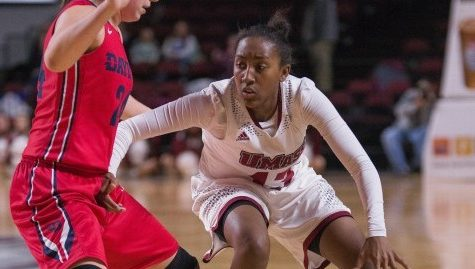 Cierra Dillard and Bria Stallworth lift women's basketball over Dayton