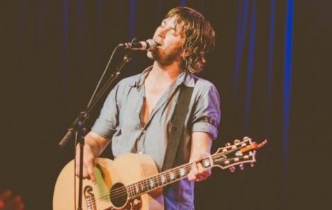 Rhett Miller delivers at the Iron Horse Music Hall