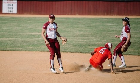 UMass softball takes one of four in Maryland Invitational tournament this past weekend