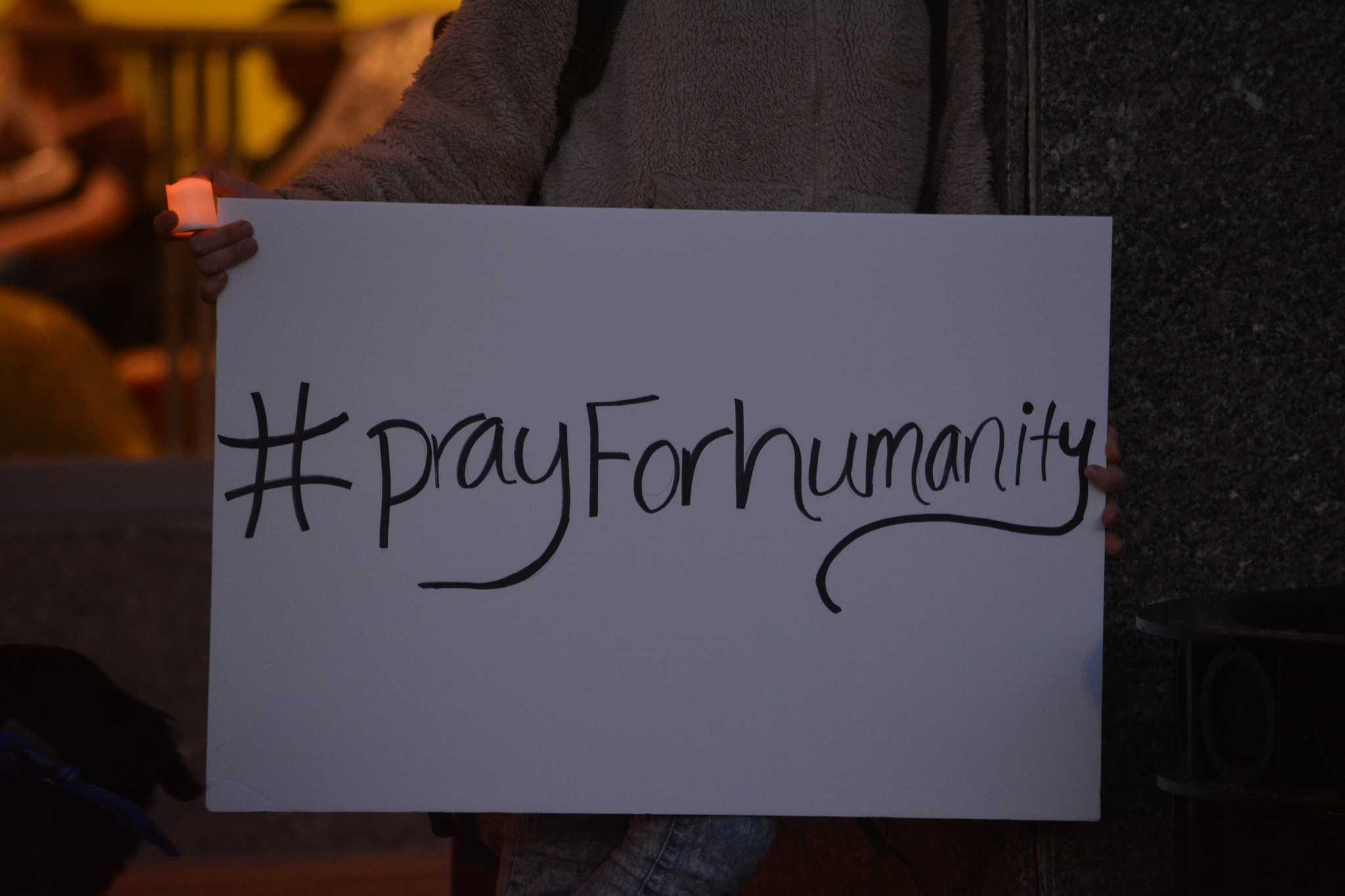 SLIDESHOW: Lahore Candlelight Vigil