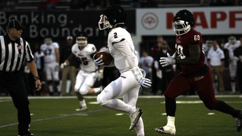 UMass quarterback Ross Comis using spring practices as time to get acclimated to starting role, relationship with receivers