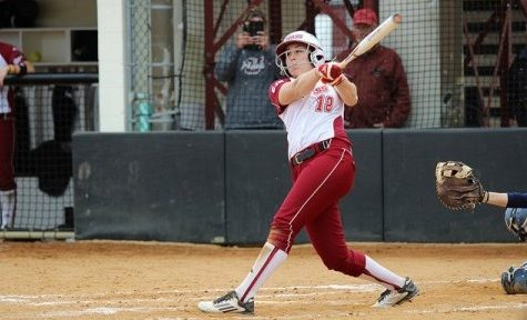 Jena Cozza, Taylor Carbone lift UMass softball past UConn