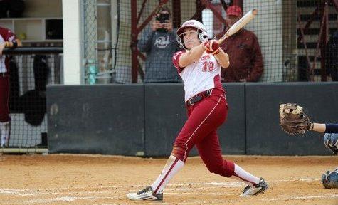 Jena Cozza, Taylor Carbone lift UMass softball past UConn