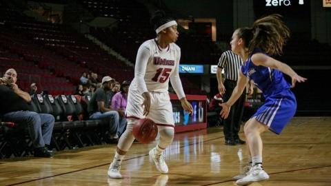 UMass women's basketball guard Cierra Dillard transfers to Buffalo