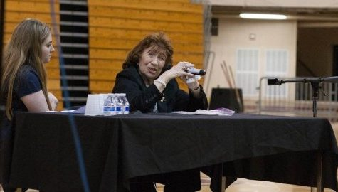 Holocaust survivor speaks on importance of tolerance at UMass