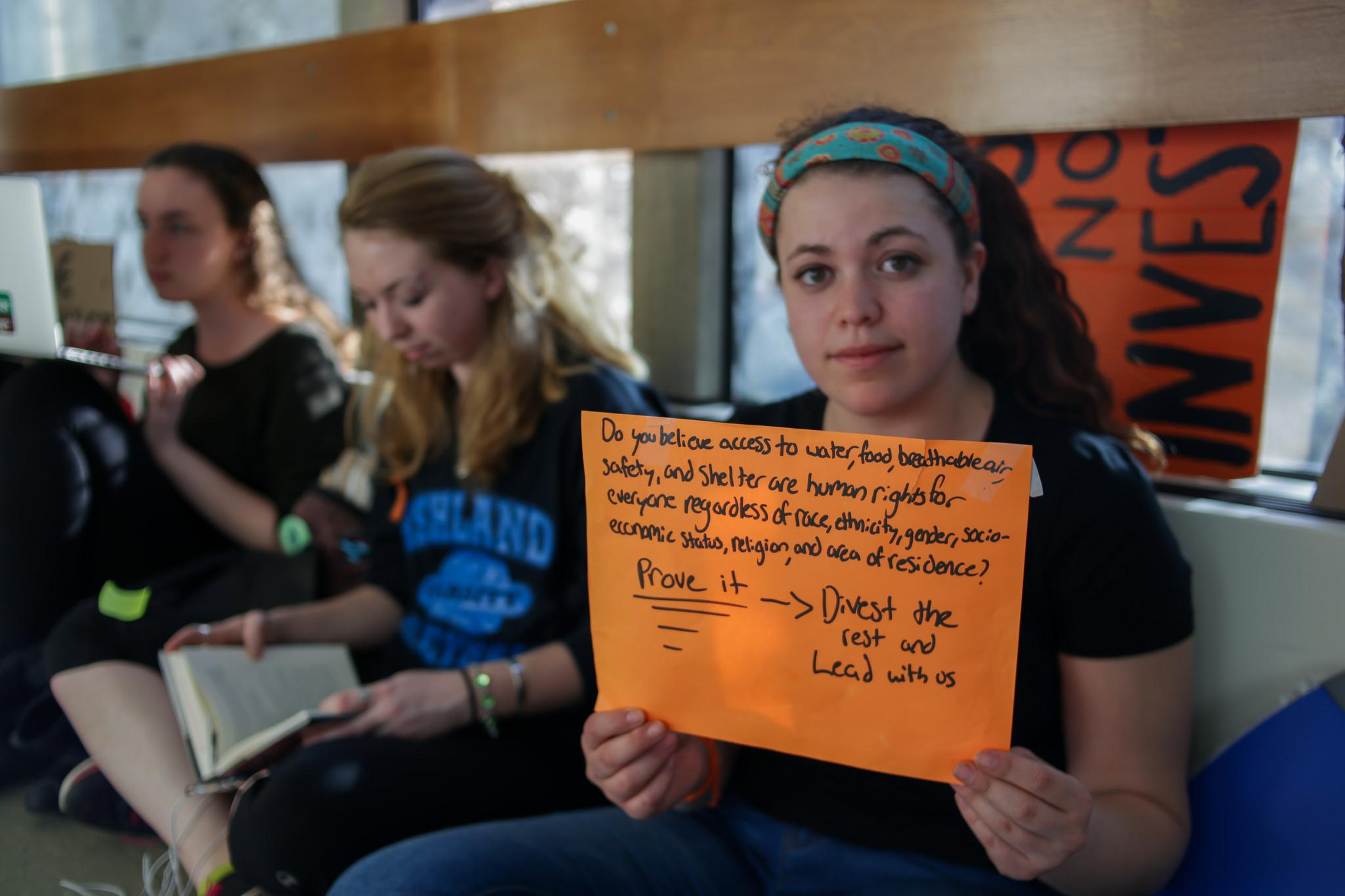 SLIDESHOW: Divest the Rest sit-in, day 2