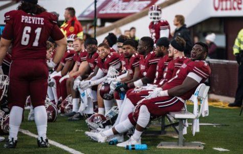 UMass football drops competitive season opener at No. 25 Florida