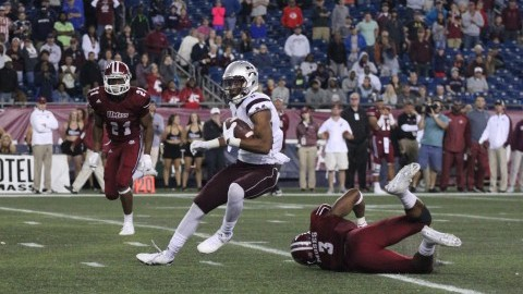 UMass football can't overcome four third quarter Mississippi State touchdowns, fall 47-35 Saturday