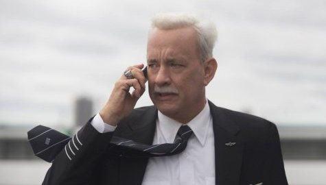 Tom Hanks braces for impact in 'Sully'