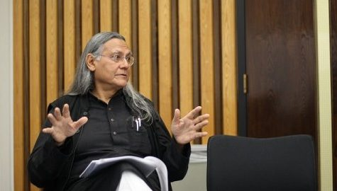 Jai Sen delivers 'Explorations into the Dynamics of Resistance and Dwelling Rights of Attached Labor' speech Monday night
