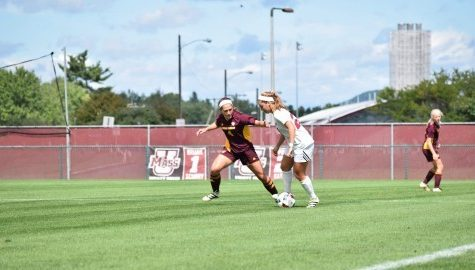 UMass women's soccer falls to La Salle Thursday in double overtime