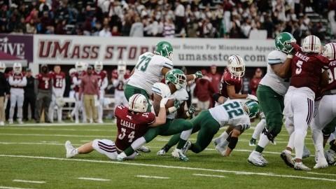 UMass football drops to 1-4, losing close game to Tulane Saturday at McGuirk Stadium