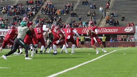 UMass football scores early, often in senior day victory over Wagner