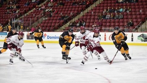 UMass hockey drops the puck on new era Friday night