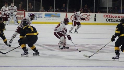 Notebook: Busy Columbus Day weekend for UMass athletics