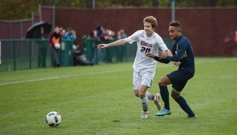 UMass soccer tops George Washington, move into final A-10 matchups