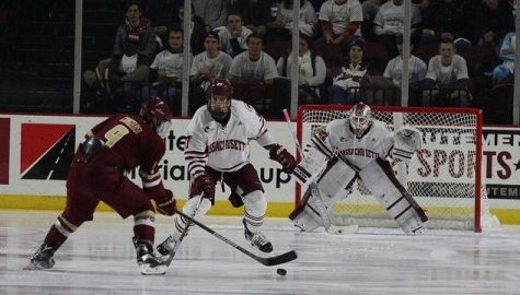 Comeback effort falls short for UMass hockey as they lost 7-4 to Boston College Saturday night
