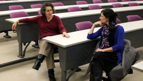 Students and faculty discuss sustainability options for UMass