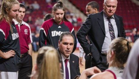 UMass women's basketball heads to Iowa for Hawkeye Challenge