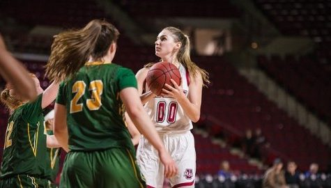 UMass women's basketball dominates paint in first win of season