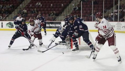 UMass hockey heads into North Andover for first Hockey East road game of season