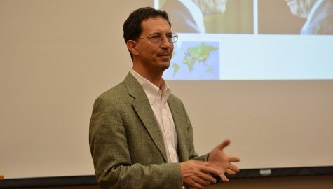 Attorney gives talk on immigration processes for international students