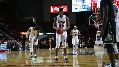 Brison Gresham makes long awaited debut for UMass men's basketball