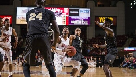 UMass men's basketball shooting woes continue as the Minutemen fall 65-62 to UCF