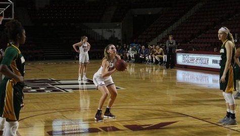 UMass women's basketball team can't recover from sluggish start in 65-55 loss to George Mason