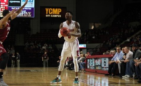 Donte Clark, late run lift UMass men's basketball over Rider in Gotham Classic finale
