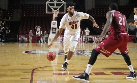 UMass men's basketball drops tightly-contested conference matchup against George Mason Wednesday night