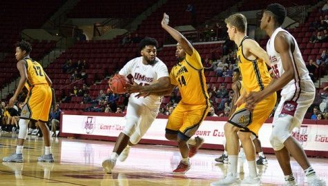 Notebook: UMass men's basketball coach Derek Kellogg ready to move on from Fordham loss, impressed with Rashaan Holloway's improvement