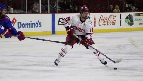 UMass hockey hopes to fix scoring, power play issues on road against Maine