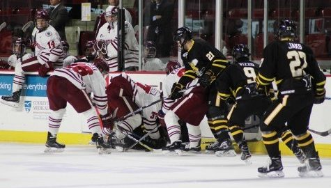 AIC shuts out UMass hockey 3-0 at Mullins Center