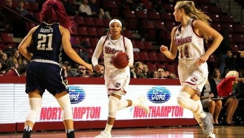 UMass women's basketball blows 18-point third-quarter lead Wednesday afternoon against La Salle