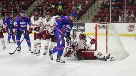 UMass hockey outlasted at home against No. 6 UMass Lowell