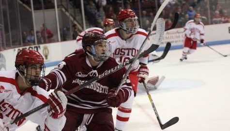 UMass hockey forced to play catch up after shaky first period against No. 3 Boston University