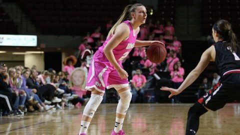 Leah McDerment has the ball during the game against Davidson on Saturday. (Jessica Picard/Daily Collegian)