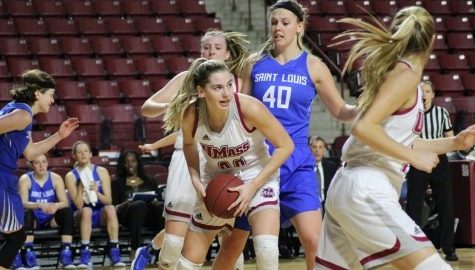 Maggie Mulligan the sole bright spot as unforced errors sink UMass women's basketball against Saint Louis