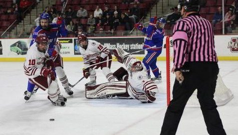 UMass hockey breakdown in final minutes of the second period on route to 5-2 loss to UMass Lowell