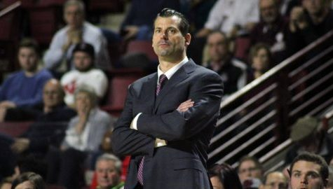 UMass fires men's basketball coach Derek Kellogg