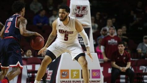 End of game slip ups cost UMass men's basketball in regular season finale