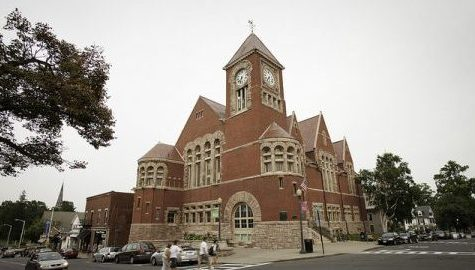 Charter Commission disputes best Amherst government model