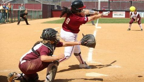 UMass softball struggles to find offense, falls flat against UConn